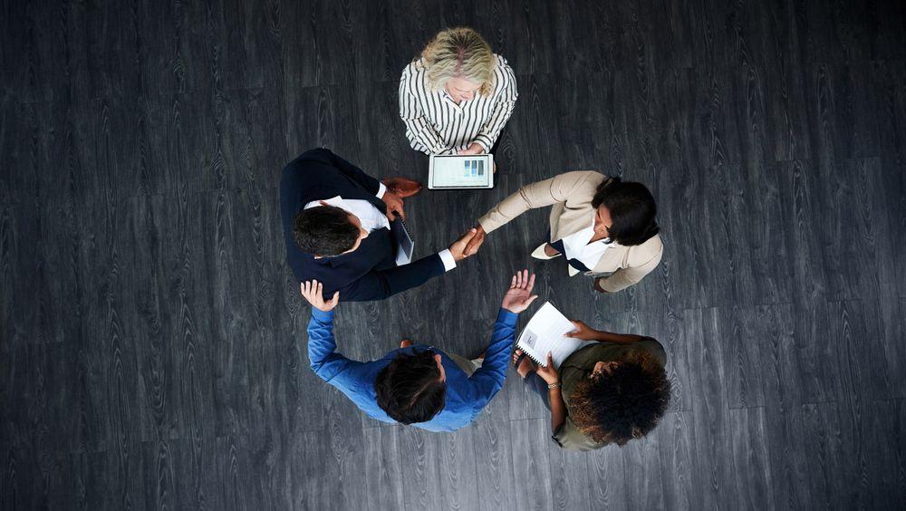 Jobber du i en bedrift med høy eller lav grad av tillit? Disse tegnene ser arbeidslivsforskere etter.
