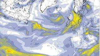 Røyken fra skogbrannene i USA kommer til Norge i helgen