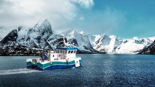Løser Ernas hydrogen-problem: Lager arbeidsbåt og knutepunkt i Midt-Norge