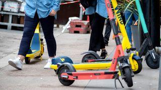 Nå skades det flere førere av elektriske sparkesykler enn bilsjåfører
