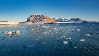 Sjøisen i Arktis har smeltet til det nest laveste nivået noen gang er registrert: – Det har vært et vilt år oppe i nord