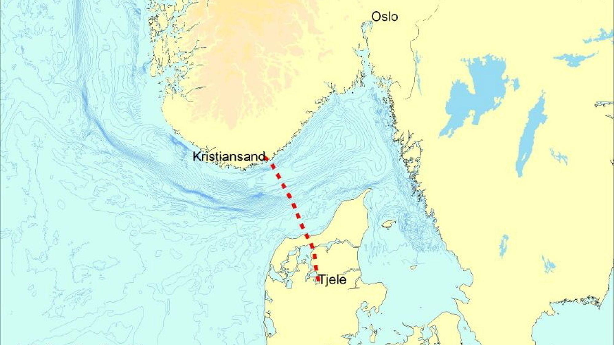 Statnett har omsider funnet feilen på de to eldste kablene mellom Norge og Danmark. Trolig er de skadet av en trål. Nå starter det vanskelige reparasjonsarbeidet.