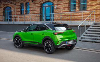 Bilen kommer med en fresk grønn-svart fargekombinasjon for de som ønsker en bil som skiller seg ut.