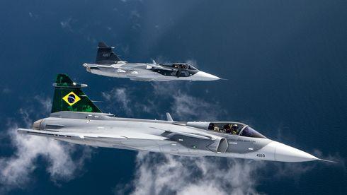 Første Saab F-39E Gripen har seilet til Brasil