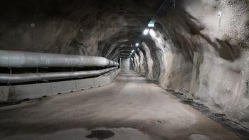 Under bakken i Arkivverkets anlegg på Sognsvann i Oslo kommer arkivene som fortsatt leveres på papir.