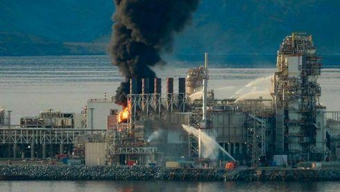 Brannen i Equinors gassanlegg på Melkøya startet i 16-tiden mandag – Har ennå ikke kontroll
