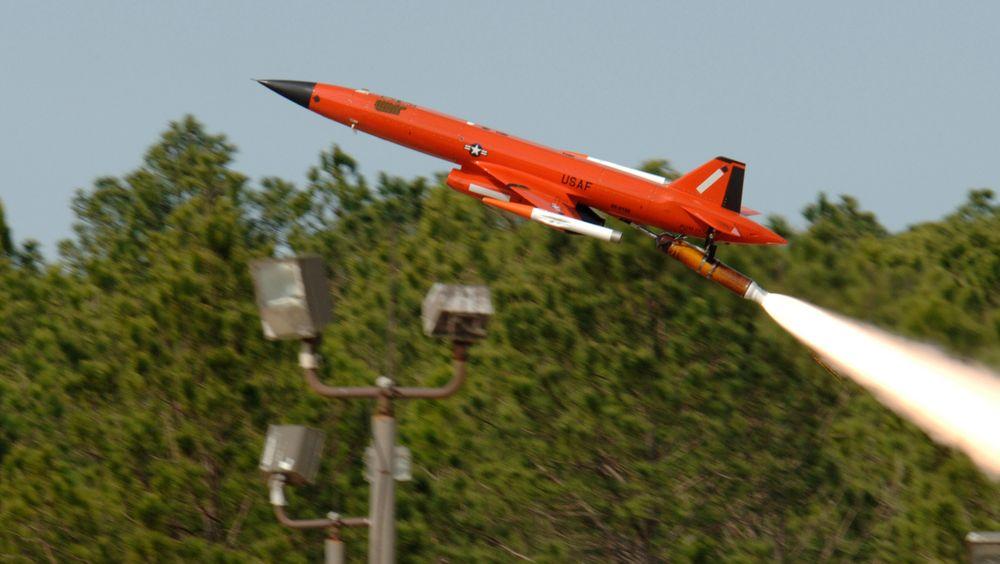 En BQM-167A måldrone skytes opp fra flybasen Tyndall i Florida.