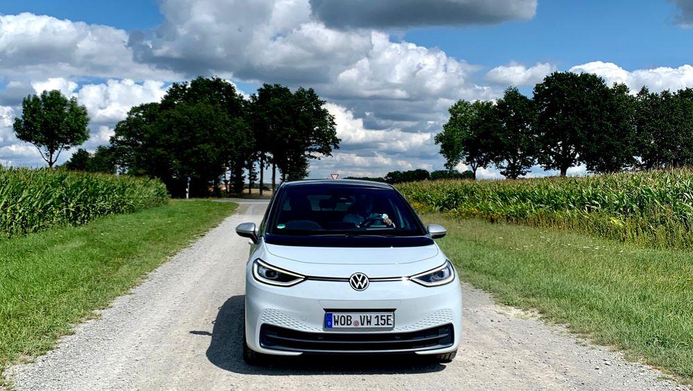 VW ID.3 gikk rett inn på topp av salgslistene i sin første måned i Norge. September 2020 er den måneden der størst andel nye biler går utelukkende på strøm.