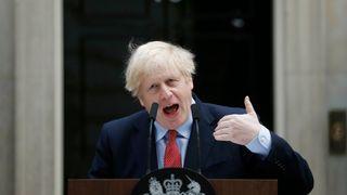Boris Johnson: Alle britiske husstander skal få sin energi fra havvind innen 2030