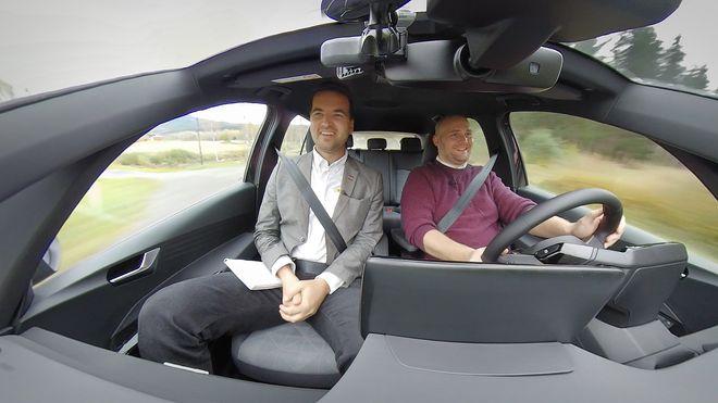 Bli med når vi tester Volkswagens viktigste bil på mange tiår