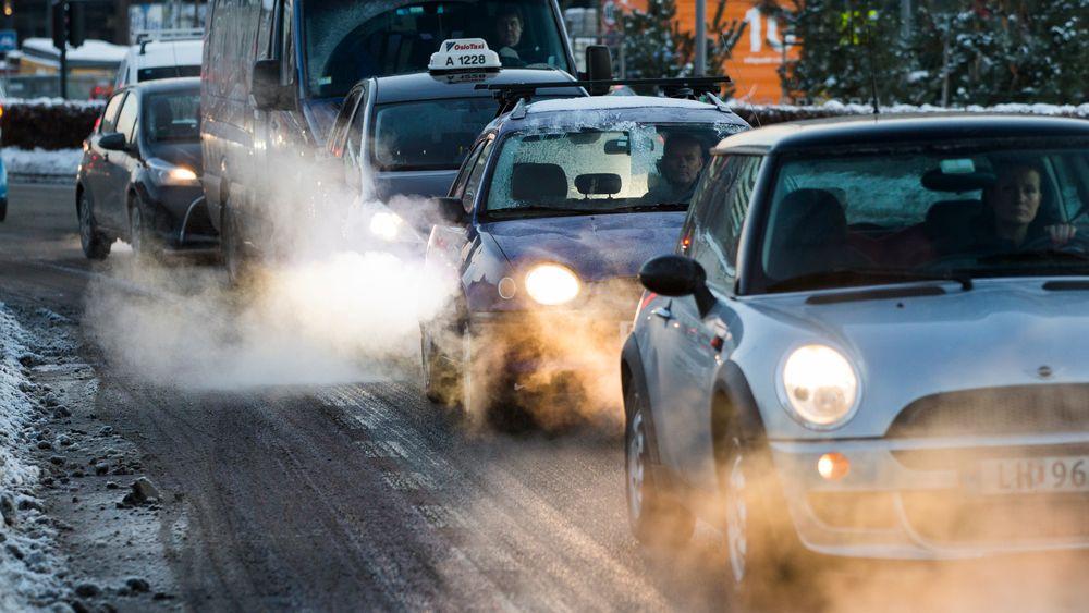 De CO2-relaterte avgiftene er langt høyere enn CO2-komponenten i drivstoffavgiften for både diesel- og bensinbiler.