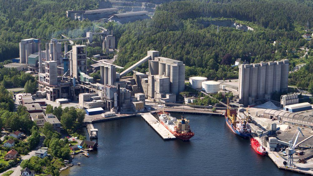 Sementprodusenten Norcem i Brevik er en viktig del av regjeringens satsing på karbonfangst- og lagring.