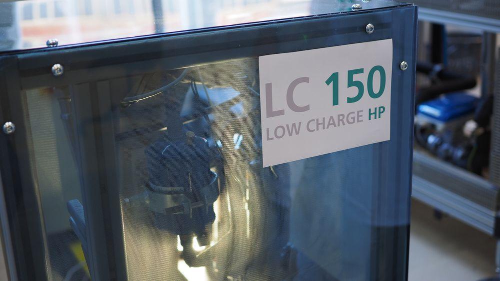 Protoypen på den nye varmepumpen som ikke bruker mer propan enn et kjøleskap, og som yter 8 kilowatt.