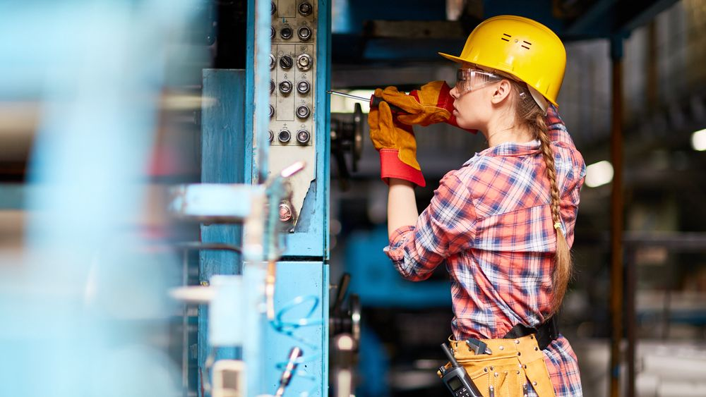 Unge med ingeniør- og sivilingeniørbakgrunn: Her er de 10 mest populære arbeidsgiverne for denne gruppen, og her er de viktigste faktorene når de skal velge arbeidsgiver, ifølge Young Professional Attraction Index 2020 (YPAI).