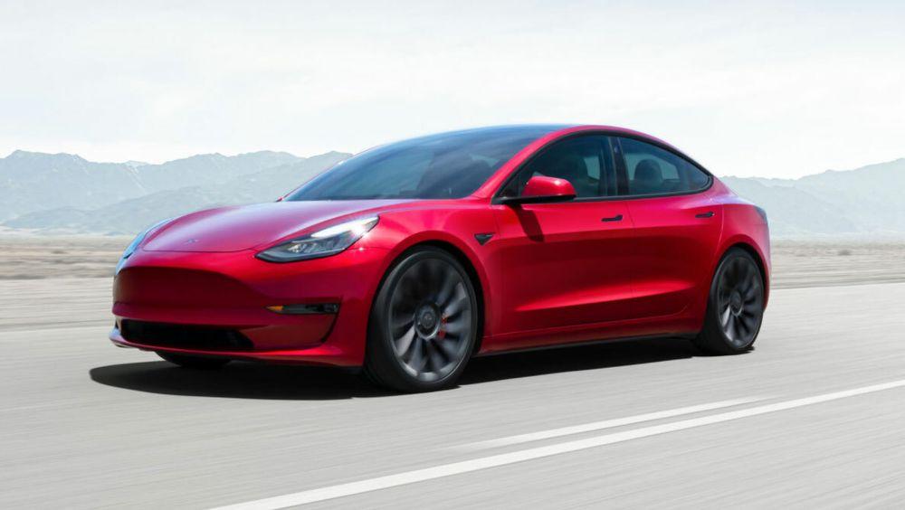 Model 3 får lavere pris, varmepumpe og enkelte designendringer.