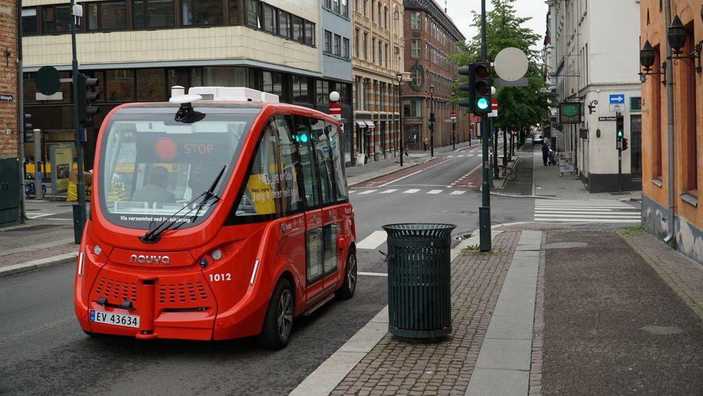 De selvkjørende bussene i Ski vil trolig bli mindre enn de som har gått i Oslo, men foreløpig er ikke Ruter helt sikker på hvordan bussene vil bli.