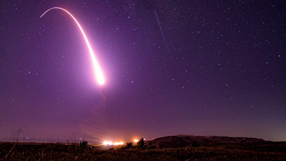 En testutskyting i California i USA av en langtrekkende rakett som kan frakte atomvåpen i oktober 2019.