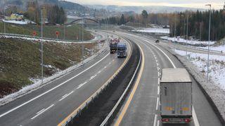 Mandag åpnet den lengste veistrekningen bygget sammen-hengende i Norge noen gang
