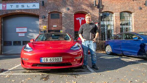 Jan Petter Trosholmen leder Teslas norske serviceorganisasjon.