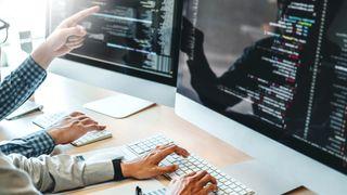 Programmerere og bærekraftseksperter står på teknologibedriftenes ønskeliste