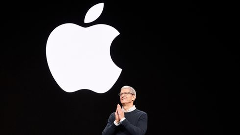 Apple-sjef Tim Cook under et lanseringsarrangement i 2019.