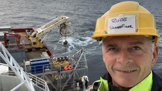Skagenfiber spylte kabelen ned i havbunnen