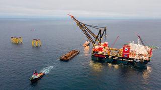 Nordsjø-feltet synker og store deler skal skrotes og gjenoppbygges. Nå er arbeidet koronaforsinket