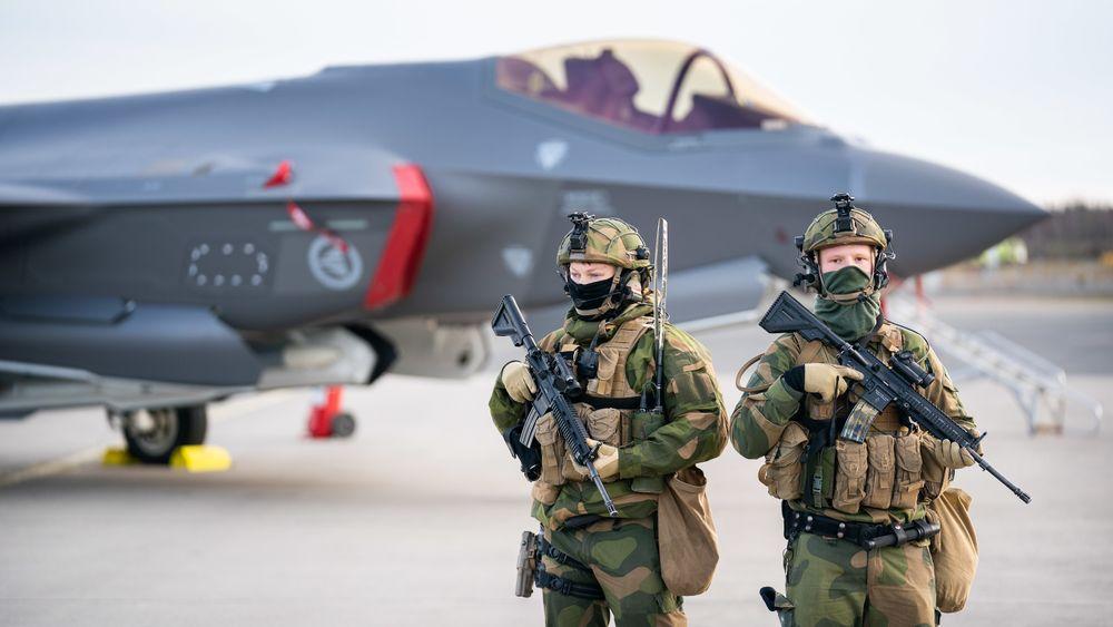 Ingeniører med arbeidserfaring har svart på hvilke arbeidsgivere de helst vil jobbe for. illustrasjonsbilde fra Rygge da F-35 ble erklært IOC i Norge (Initiell operativ kapasitet).