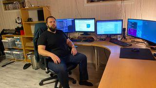 De får Nav-brukere ut i jobb som IT-utviklere på 1,5 år. Nå kan alle ta kurset på nett