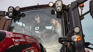 Forsvaret tester norsk selvkjøringsteknologi til ubemannede lastebiler