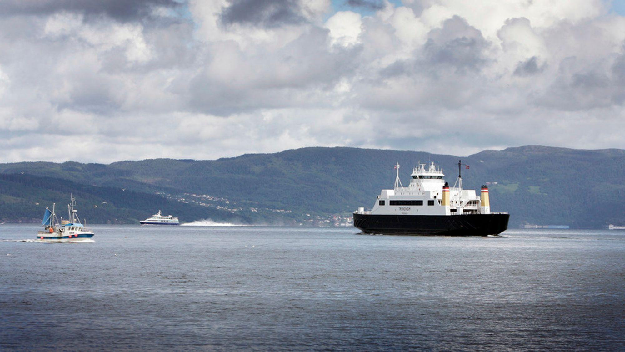 Fra 2024 blir alle riksveistrekningene i Nord-Norge trafikkert av lavutslippsferger.