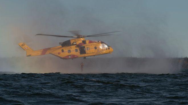Canada får ferdig utviklede redningshelikoptre. Det kan de takke norske Sar Queen for