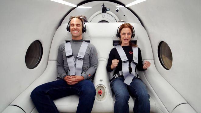 Hyperloop kjører første tur med mennesker om bord
