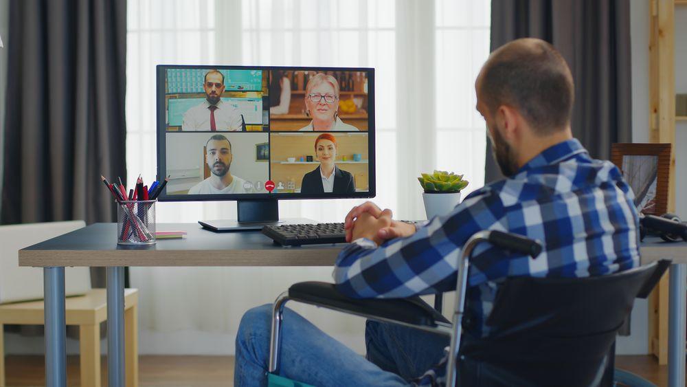I framtiden kommer vi fortsatt til å sitte mye på hjemmekontor, tror NHSs sjeføkonom Øystein Dørum.
