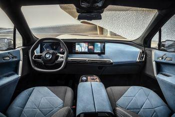 Interiøret i BMW iX.