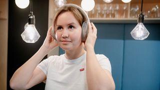 Test: De beste støyreduserende hodetelefonene