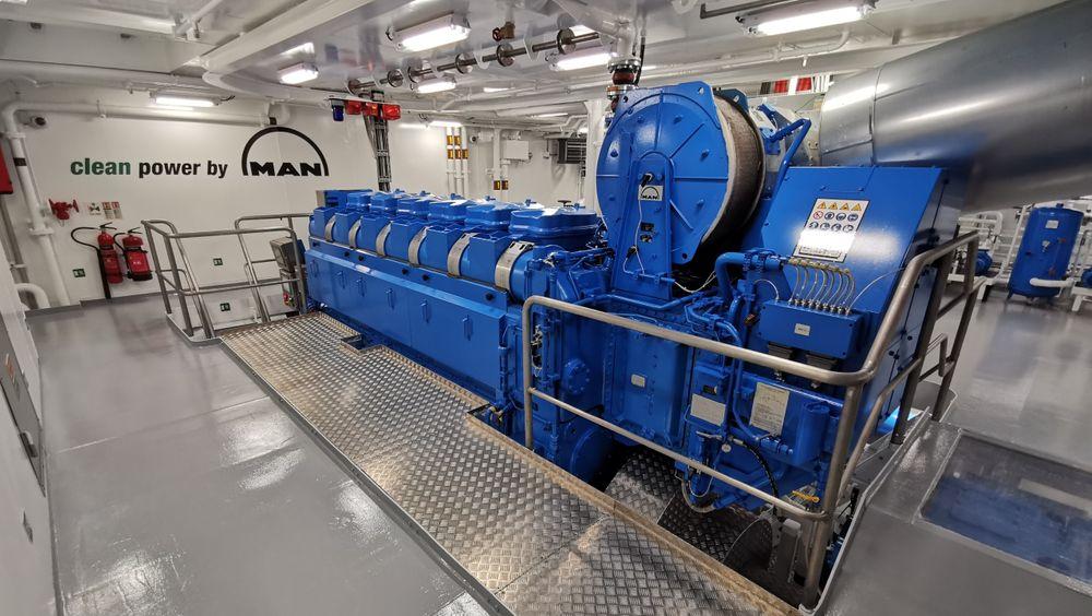 Hovedmotoren til tråleren Ove Lundberg er levert av MAN Energy Solutions og har en effekt på 3600 kW med 1500 kW boost-mulighet.