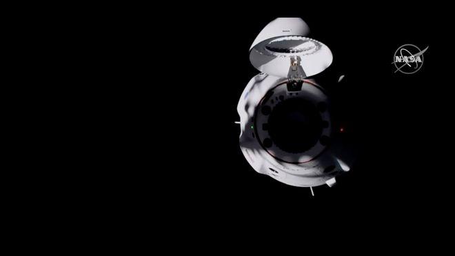 SpaceX har koblet seg på Den internasjonale romstasjonen