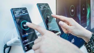 Ny fartsrekord i mobilnettet: 8 Gbit/s i 5G – gjør VR/AR mulig