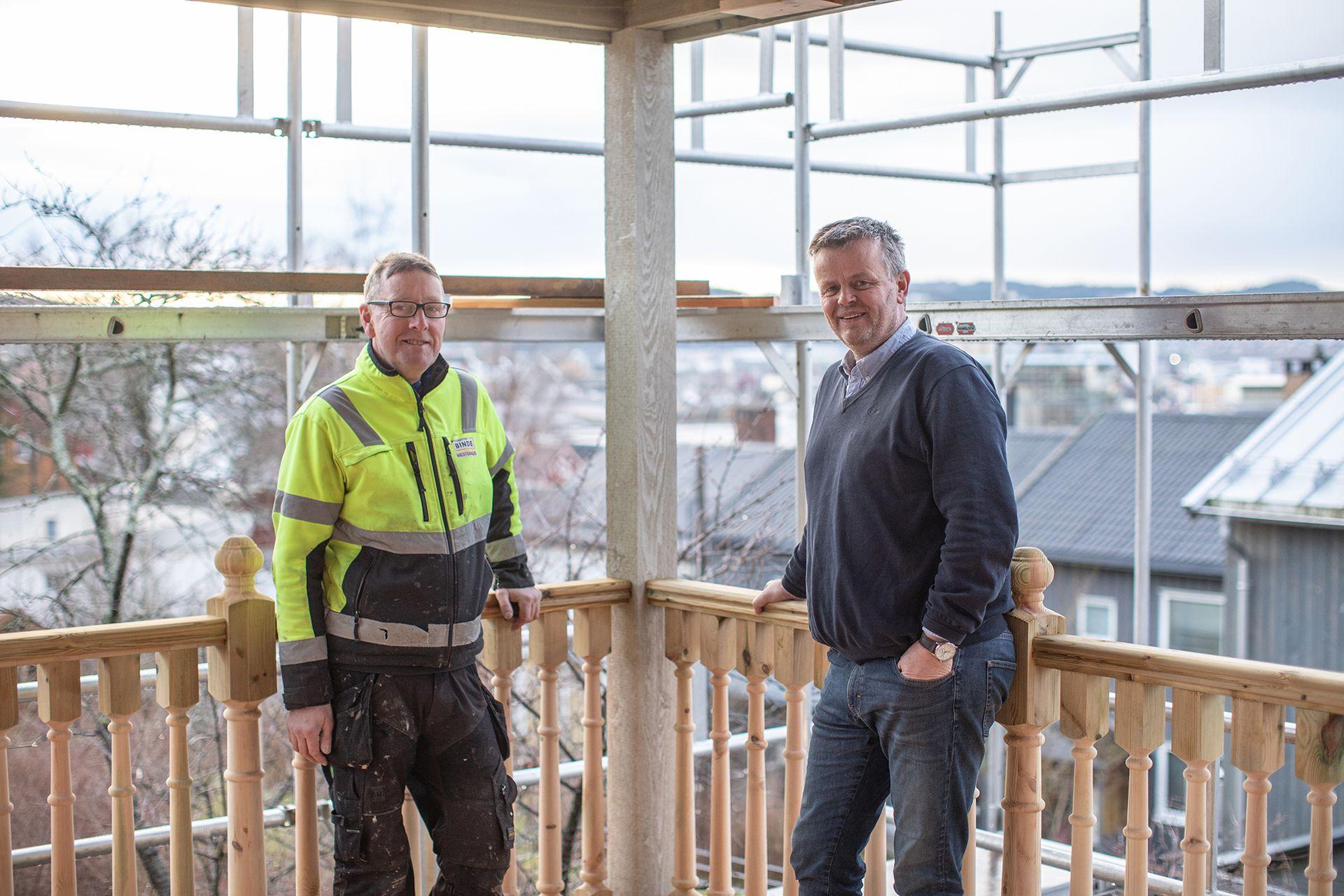 Jørgen Binde og Svein Sandesmo i Byggmester Binde er svært fokusert på å rehabilitere gamle bygg.