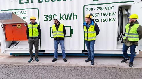Hurtiglader mobil utslippsfri byggeplass anleggsmaskiner ccs2 container frekvensomformere est floattech auto-maskin bns jannik stanger