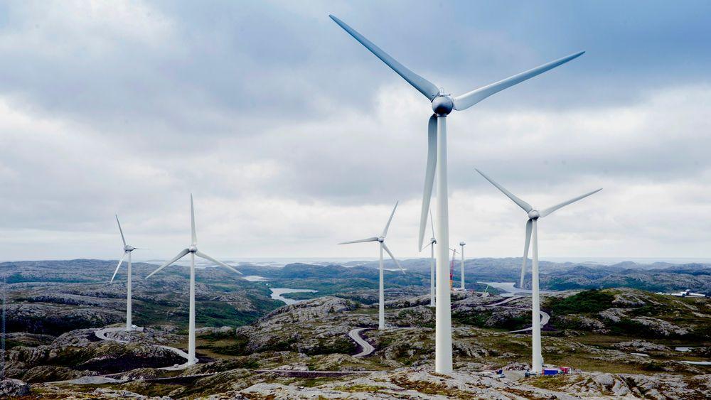 Vindkraft-utbygginger krever adkomst og nye veier i fjell-landskapet som her i Ytre Vikna vindpark. NTE utreder nå om de skal bygge trinn 2 i Ytre Vikna.