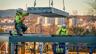 Bygger nytt med gammelt – første gang hulldekker blir brukt om igjen