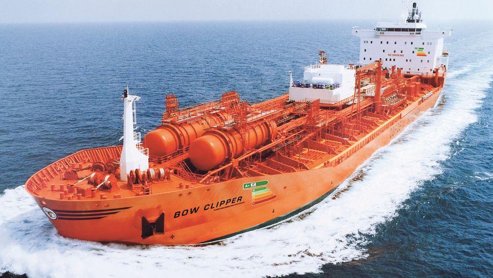 Bow Clipper er designet på 80-tallet,  bygget i 1995 ved Kværner Govan i Skottland. Den har fått oppgraderinger i fremdriftssystemet. Det gir skipet en energiklasse på A+, som rederiet har markert i baugen.