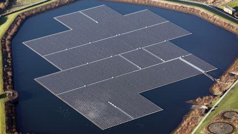 Den norske programvaren skal gjøre det billigere å bygge ut flytende solkraft