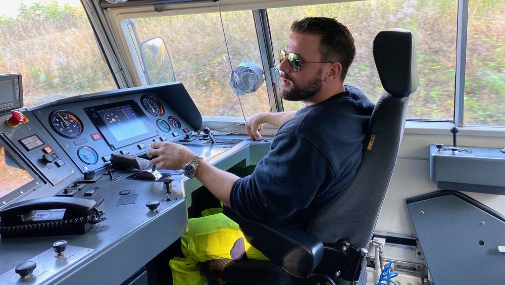 Lokfører Øivind Alexsander Eidesmo har kjørt flere testturer med det nye digitale signalanlegget ERTMS.