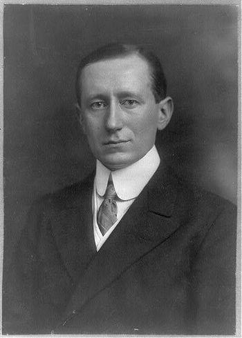 Guglielmo Marcon anses som oppfinneren av radioen. Bildet er fra 1908.