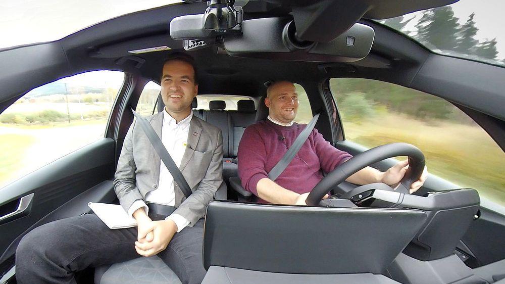 Mathias Klingenberg og Marius Valle er radarparet i TUs redaksjon som lager den nye podkasten Elektrisk – Teknisk sett