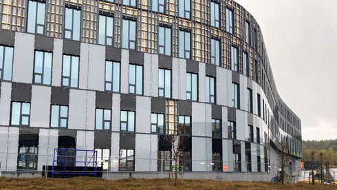 Bygningsintegrerte solceller veggpaneler fasade Bjørn Thorud Solenergiklyngen Susoltech rapport energi