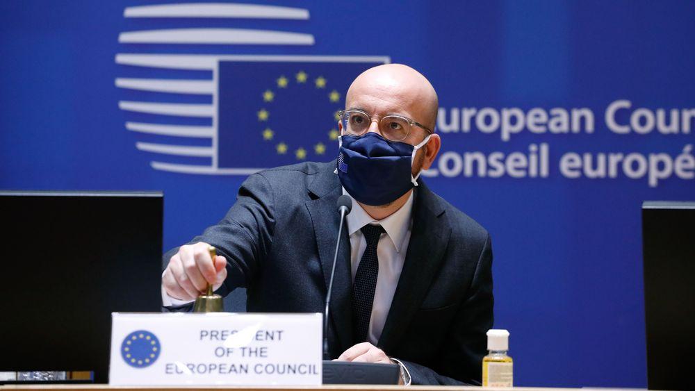 Innen 2030 skal EU-landene kutte minst 55 prosent av klimagassutslippene. Det nye klimamålet ble vedtatt på toppmøtet i Brussel, tvitrer EU-presidenten.